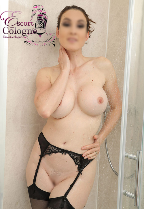 Ass Worship Escort Cologne