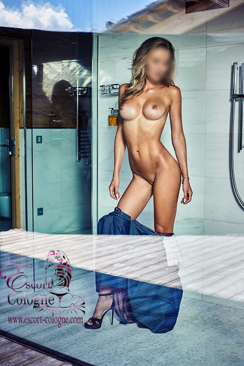 Blonde Tall Escort Cologne